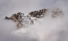 Panorama-photograph-of-snow-covered-mountains