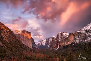 Last Rays On Yosemite Valley
