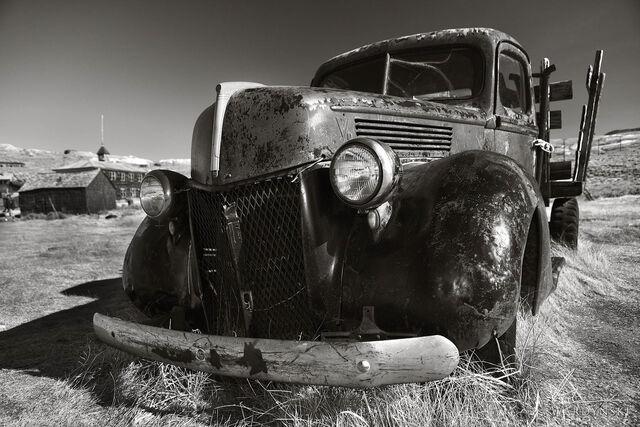 horizontal, black and white, b&w, monochrome, old car