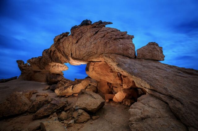 light painting an arch in utah
