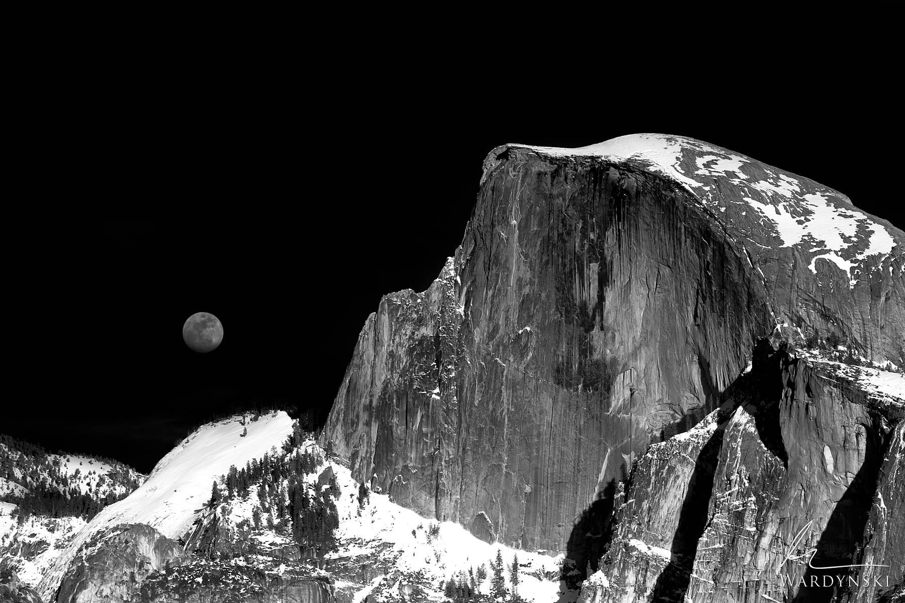 Halfdome, Full moon