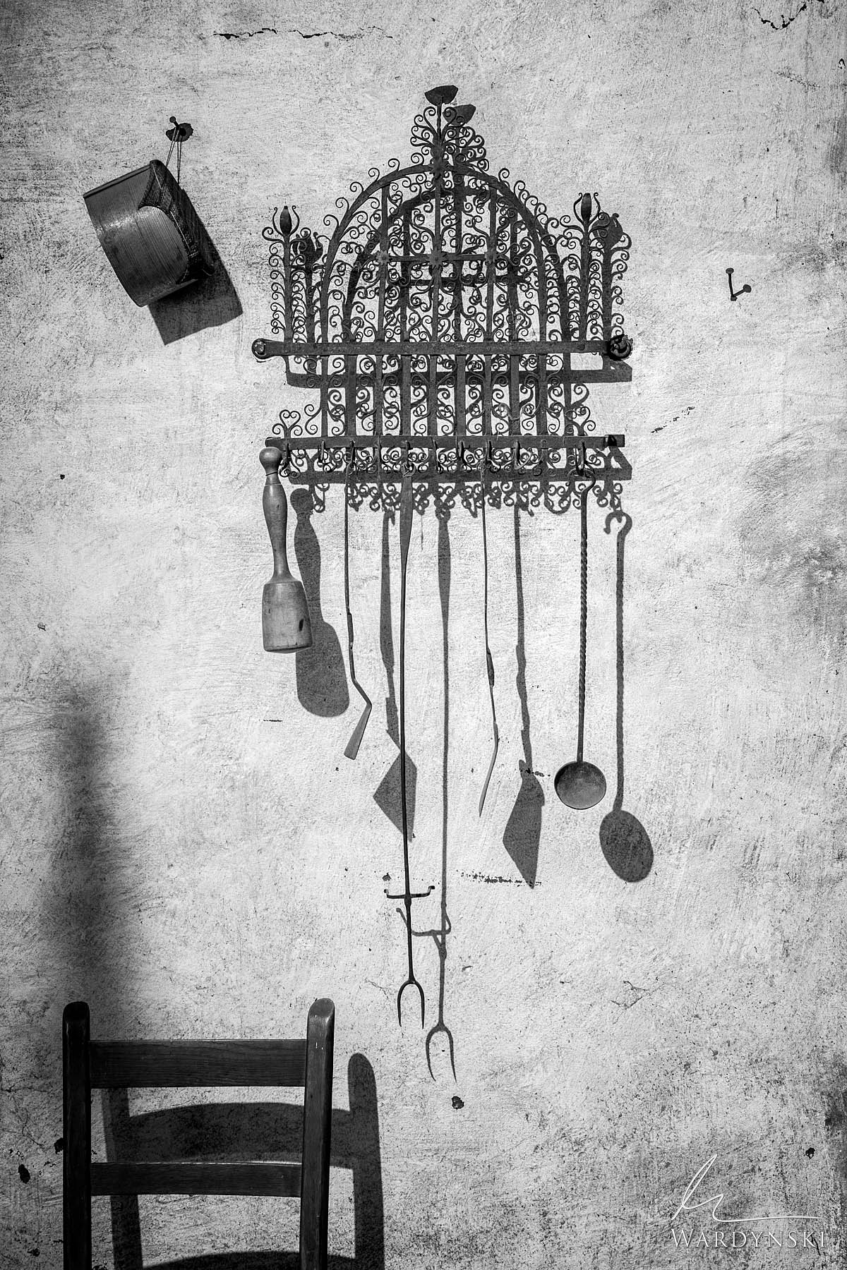 vertical, still life, black and white,
