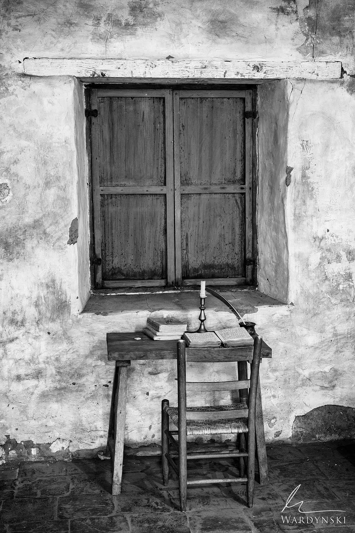 vertical, black and white, b&w, monochrome