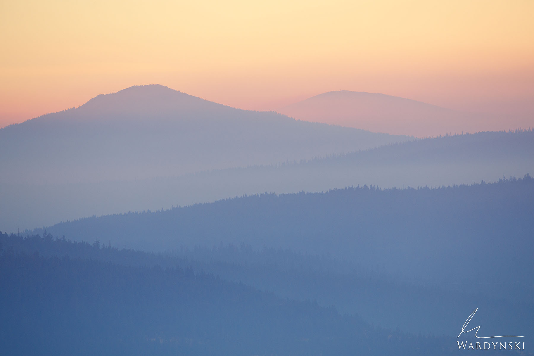 Fine Art Print   Limited Edition of 35  A heavy haze sits in the valleys of Cascade Siskiyou National Monument at sunrise. This...